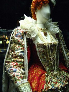 Queen Elizabeth costume globe theatre london
